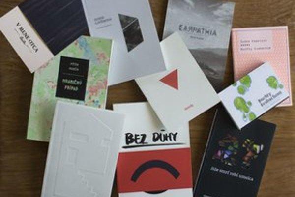 Kolekcia nových dizajnov finálových kníh minulého ročníka ceny Anasoft litera.