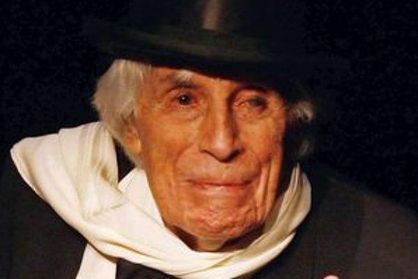 V roku 2008, keď mal 105 rokov, hral v muzikálovej komédii v Hamburgu.