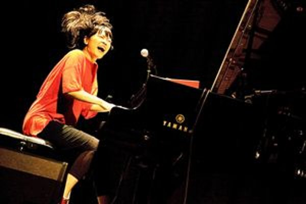 Hiromi: The Trio Project.