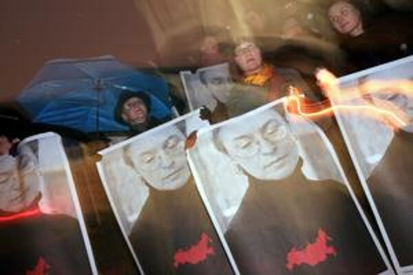 Ruská novinárka bola zavraždená v deň Putinových narodenín.