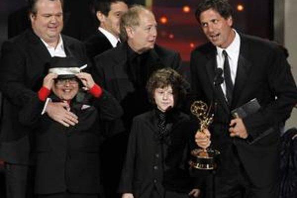 Najviac ocenení Emmy si odniesol tím tvorcov seriálu Taká moderná rodinka.