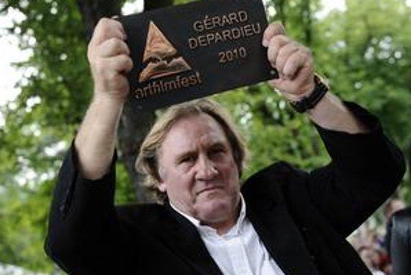 Gérard Depardieu sa na Art Film Feste stal ďalším laureátom ceny Hercova misia.