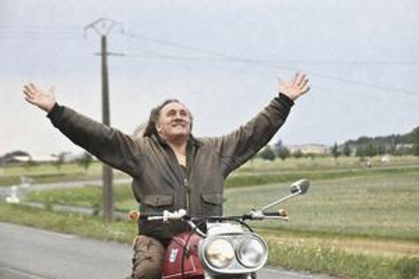 Nespútaný na plátne aj v civile. Gérard Depardieu vo filme Mammuth.