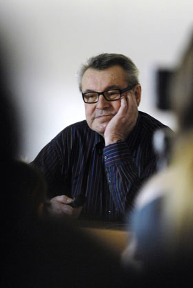 Režisér Miloš Forman na besede so študentami FAMU (2007).