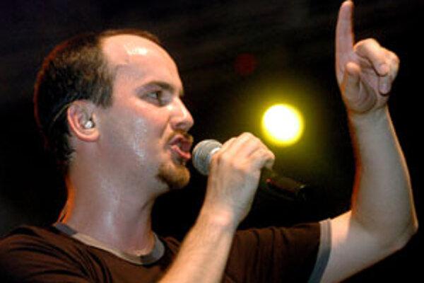 Na snímke líder skupiny No Name Igor Timko.