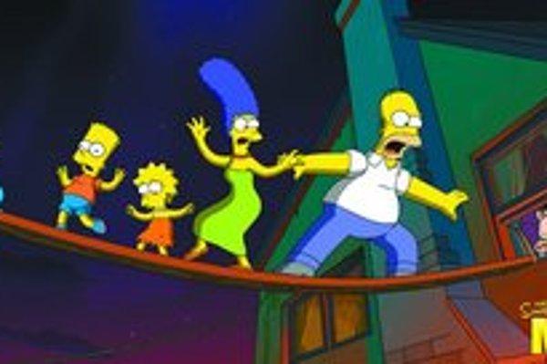 Tuctová rodinka aj vo filme prežíva netuctové príbehy: zľava Maggie, Bart, Líza, Marge a Homer na úniku pred rozhnevaným prasaťom.