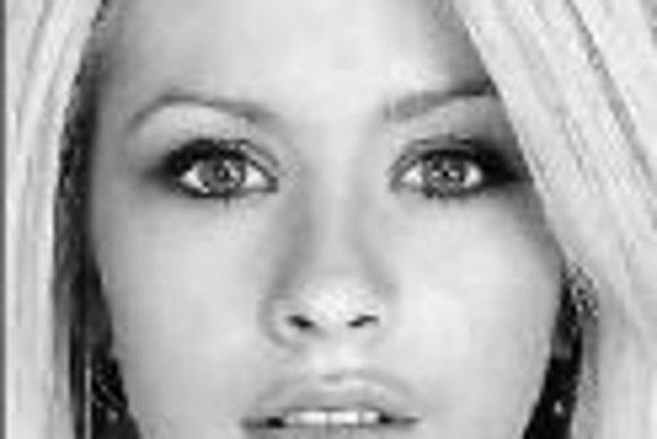 Speváčka Christina Aguilera vystúpi 17. decembra o 20.00 v pražskej Sazka Aréne s Back To Basics Tour, na ktorom vzdáva hold soulovým hviezdam a hudbe 20. a 30. rokov. Vstupenky na sedenie: 1590 Kč, 1290 Kč a 1090 Kč, na státie pri pódiu: 1390 Kč a na stá
