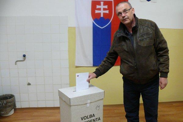 V prvom kole prišlo v seneckom okrese voliť takmer 54 percent ľudí.