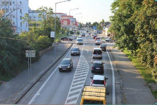 Po Dohnányho ulici prejde denne 24-tisíc áut.