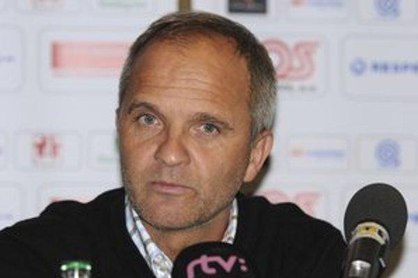 Nový tréner Spartaka Juraj Jarábek. Do Trnavy si berie ľudí, ktorí majú vzťah k Spartaku.