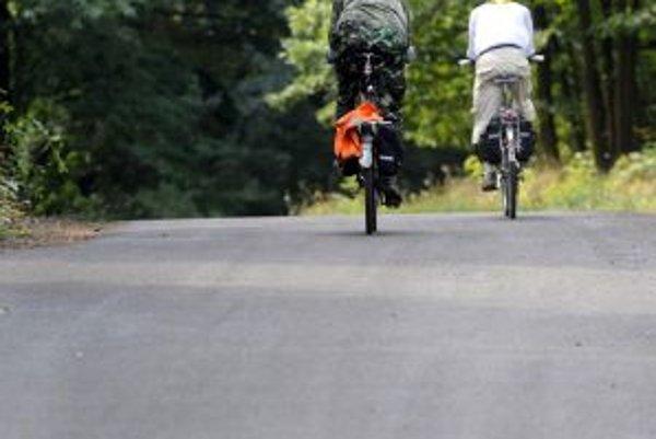 Cyklisti a korčuliari môžu využiť takmer 12-kilometrový okruh.