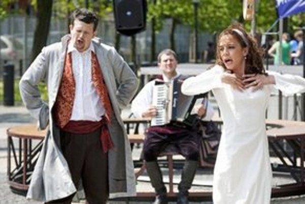 Túlavé divadlo sa v Košiciach predstaví s hrou Cyrano ((alebo Balábilé o nose).