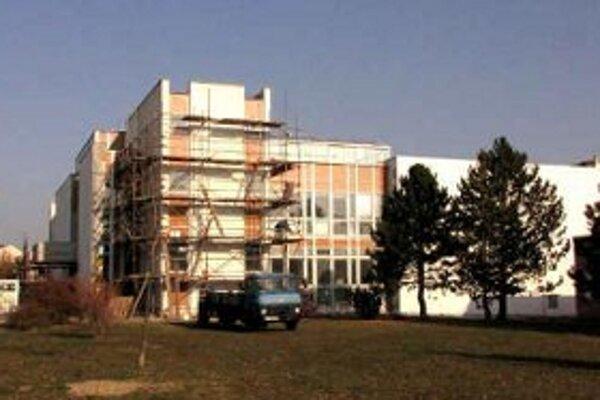 Rekonštrukcia má znížiť náklady na energie.