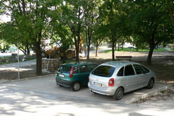 Parkovisko na A.Kubinu je krátko pred dokončením.