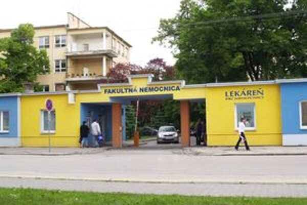 Fakultná nemocnica v Trnave je bohatšia o tri televízory.