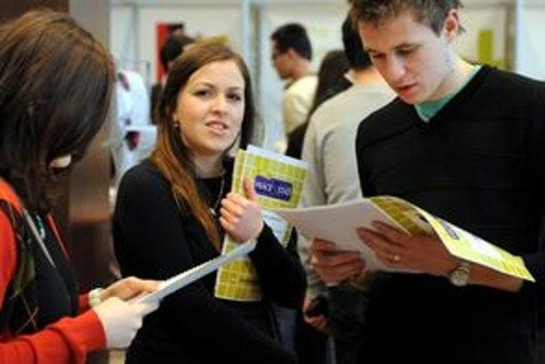 Vzdelávanie v akreditovanom študijnom odbore kúpeľníctvo a hotelierstvo Fakulty cestovného ruchu Medzinárodnej vysokej školy bude možné na prvom aj na druhom stupni vysokoškolského štúdia.