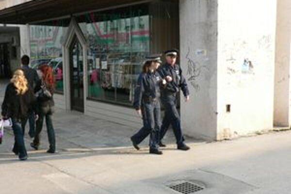 Hliadky mestskej polície sa počas veľkonočných sviatkov nebudú posilňovať.