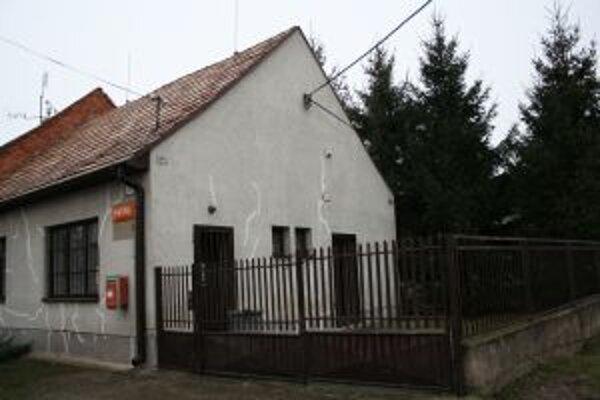 Muž z trnavského okresu lúpil koncom januára na pošte v Trakoviciach