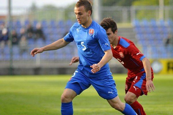 Stanislav Lobotka sa vrátil z Ajaxu Amsterdam domov do Trenčína.