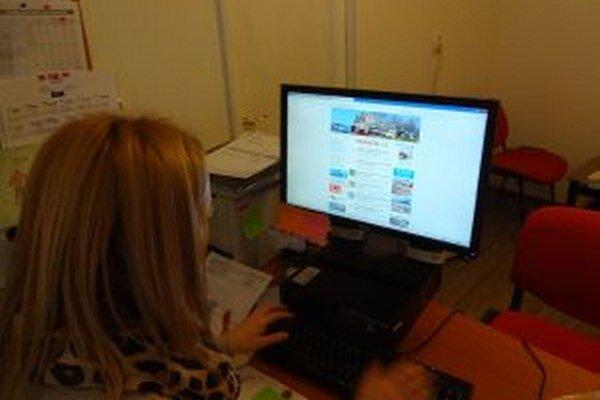 Mestá aktualizujú svoje webstránky denne.