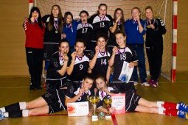 Mladé Trenčianky sa stali víťazkami česko-slovenskej ligy.