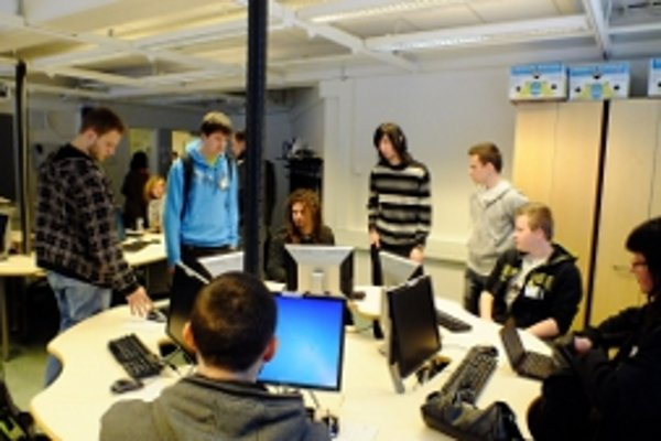 Študenti testovali vo fínskom Rovaniemi počítačovú ekohru.