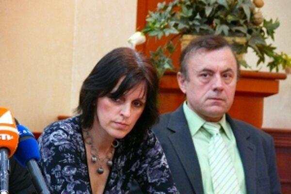 Milana Kováčika (Smer-SD) primátor odvolal v júni, teraz zvažuje, že odvolá aj druhého zástupcu, viceprimátorku Renátu Kaščákovú (SaS).
