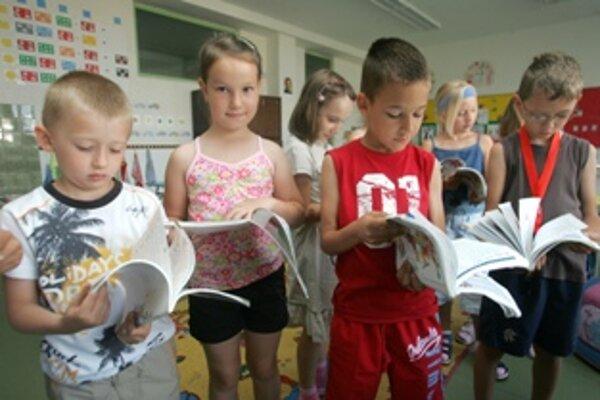 Väčšina základných škôl bude začínať vyučovanie tak, ako vlani.