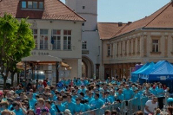 Behu pre život sa zúčastnilo v Trenčíne 1049 bežcov.