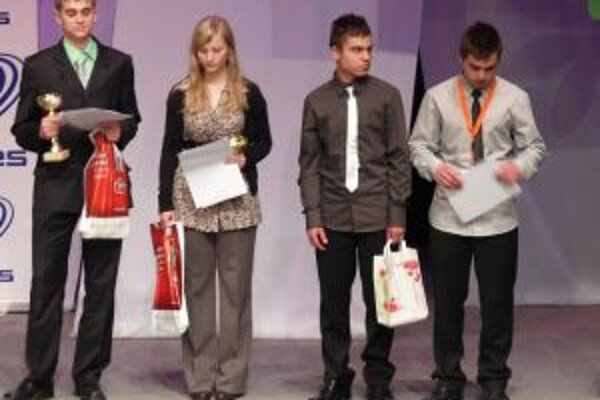 Časť z ocenených študentov.
