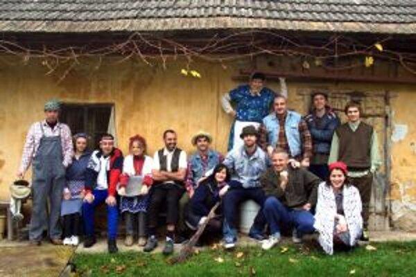 V marci sa predstaví v Trenčíne aj divadlo Normálka s hrou Samo z lazov.
