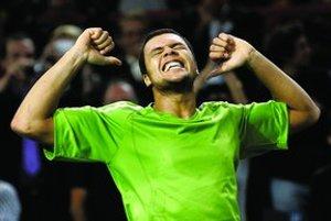 Francúz Jo-Wilfried Tsonga vyhral tenisový turnaj v Paríži a zabezpečil si miesto na záverečnom Masters Cupe.