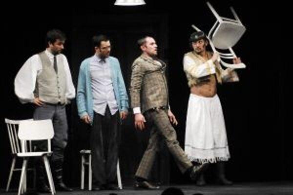 Piatkový večer bude patriť profesionálom z bratislavského divadla Astorka Korzo 90