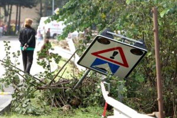 Povodne ničili Handlovú aj Prievidzu.