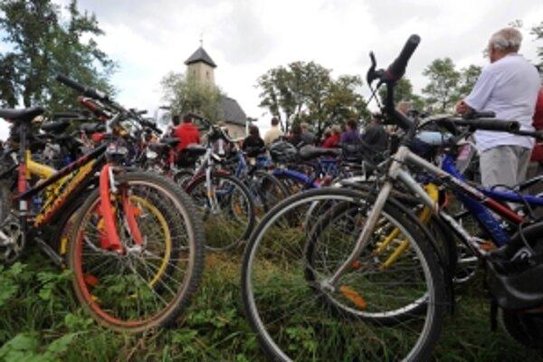 Pri románskom kostolíku v Pominovci sa v poslednú augustovú nedeľu zišlo tisíc sedemdesiatsedem cyklistov z 59 miest.