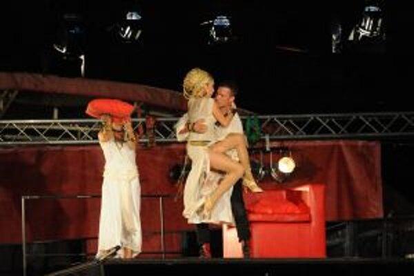 Antonius a Kleopatra v Trenčíne predstavenie vypredali.
