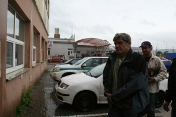 Päťdesiatdvaročný útočník sa sám prihlásil na polícii.
