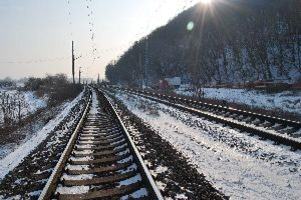 Na železničej trati pod vrchom Turecko ukončila svoj život mladá žena.