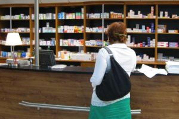 Lekárne v pohraničí s Českom zaznamenali výraznejší záujem o lieky s pseudoefedrínom.