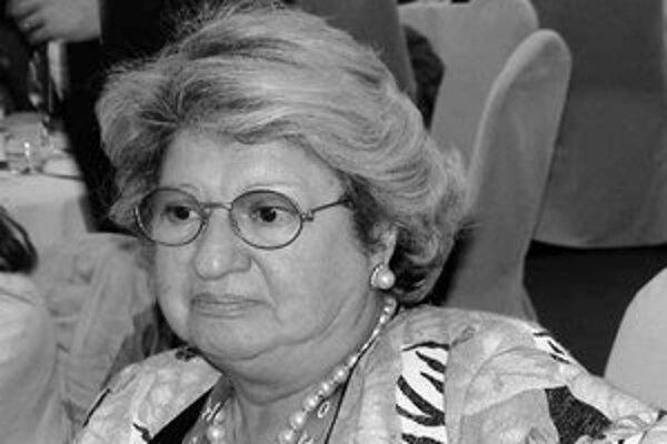 Čestnou šéfkou organizačného výboru je Giovanna Nebiolová, manželka zakladateľa univerziád.