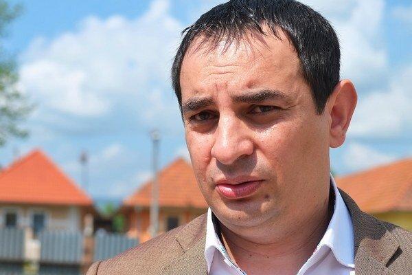 Vládny splnomocnenec pre Rómov Peter Pollák.