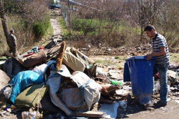 Vlani spod Kortíny vyviezli takmer tristo ton odpadu. Väčšina pochádzala z čiernych skládok.