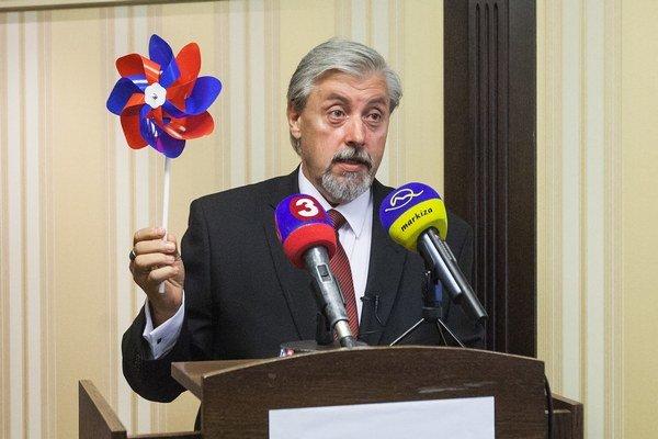 Kandidát na post prezidenta SR Jozef Behýl.