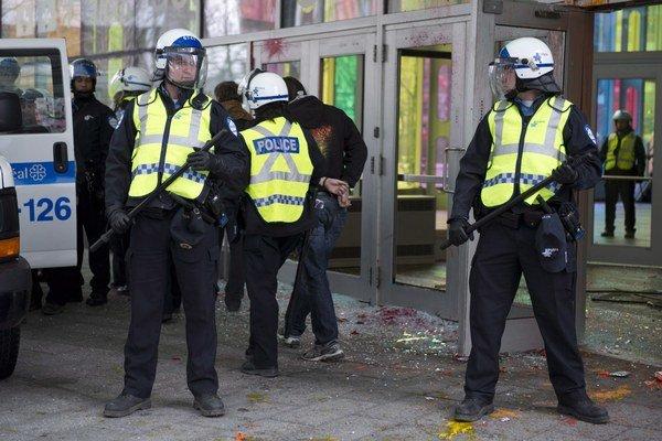 Kanadská polícia rozbila gang obchodníkov s rómskymi rodinami.