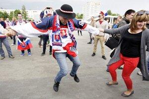 Atmosféra pred Čižovka Arenou pred zápasom Slovensko - Taliansko