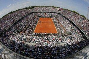 Kurt Philippa Chatriera počas finálového zápasu ženskej dvojhry Roland Garros.