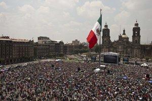 Takto sledujú zápas v Mexico City.