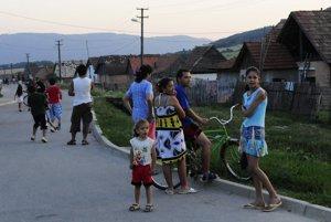 Problémy s pozemkami v KrásnohorskomPodhradíRómska osada v obci Krásnohorské Podhradie