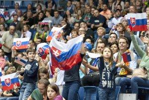 Do hľadiska štadióna si našlo cestu niekoľko tisícok slovenských priaznivcov.