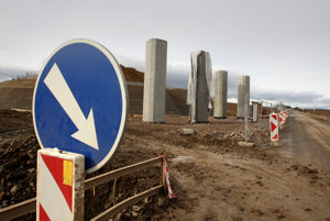 Vláda chce pokračovať v masívnej výstavbe diaľnic.